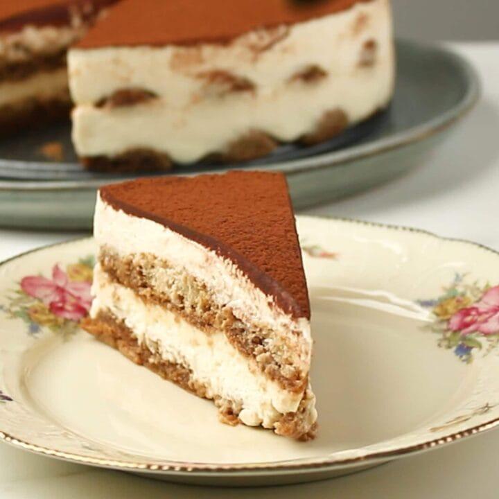 Tiramisu Cake - Easy 10 minutes Tiramisu